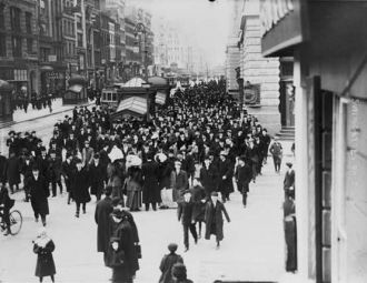 New York, N.Y.--Suffragettes on 23rd Street