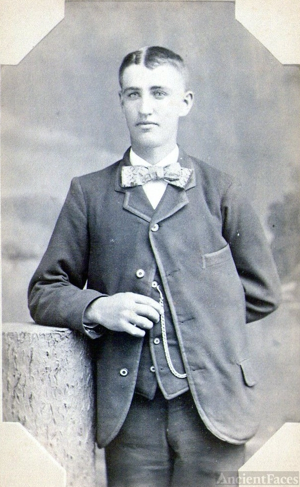 Weber or Brickley Man? Indiana
