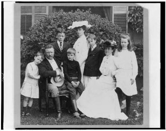 [Pres. and Mrs. Theodore Roosevelt seated on lawn,...