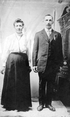 Maurice and Ellen Akens