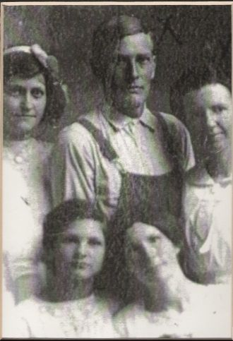 Richard, Lillie and the Witt sisters