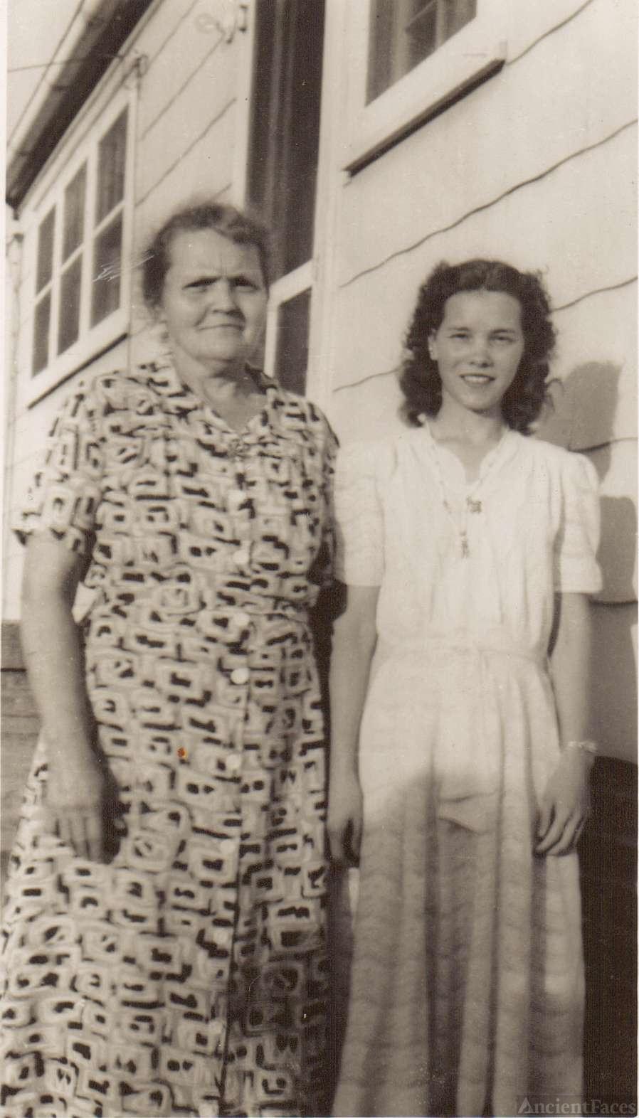 Estella and Frances Shell