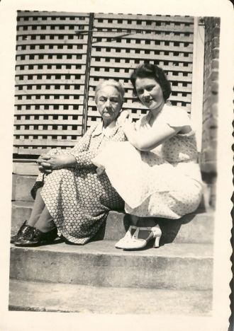 Carrie Shaw & daugher Wilma Shaw