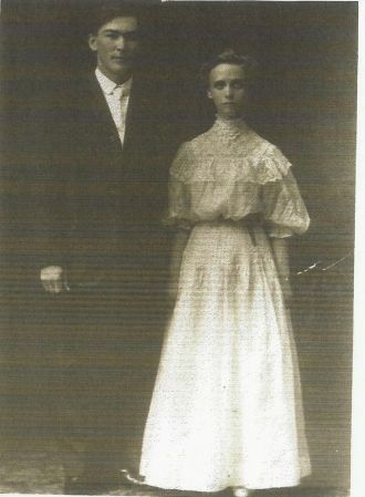 Benton Everett Carl & His Bride,Clara Alwida Scott