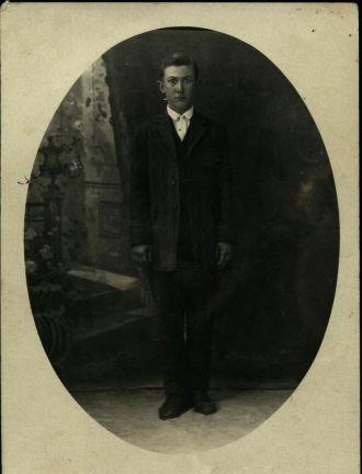 Merle McCord c 1910