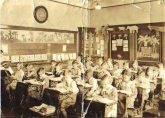 Anna Morrow 1935, Bellville N.J. 4th grade class