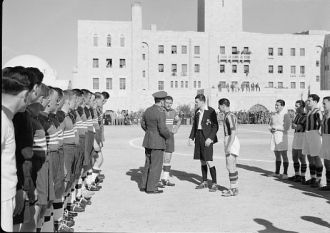 Football match on 'Y' field on Ap. 4, 1942 between Greek...