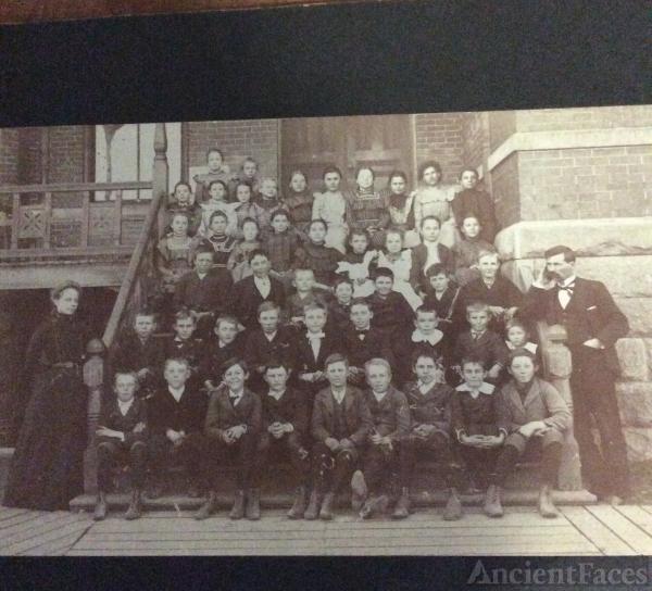 Lena Bennett's classmates
