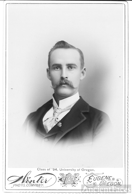 Unknown Graduate Class of 1894, University of OR