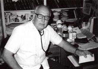 Lowell E Barnes