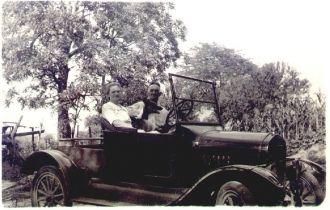 Thomas & Leta (Hobbs) Taylor, IL 1935