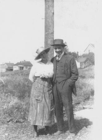 Eva E. &  Earl W. Glen, WA c1919