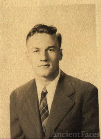 Harry Widener senior picture