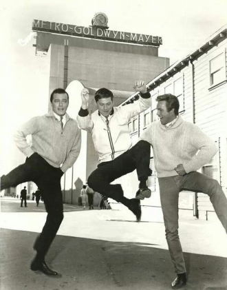 Harve Presnell, Robert Goulet and Robert Morse