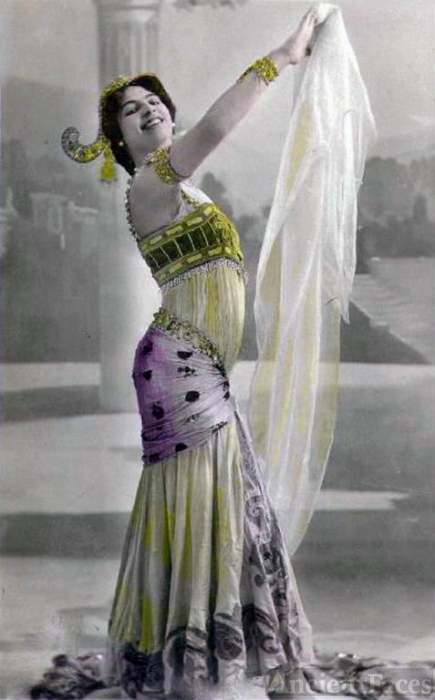 Mata Hari in Paris