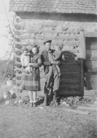 Troy Allmon family - Barry Co., MO 1943