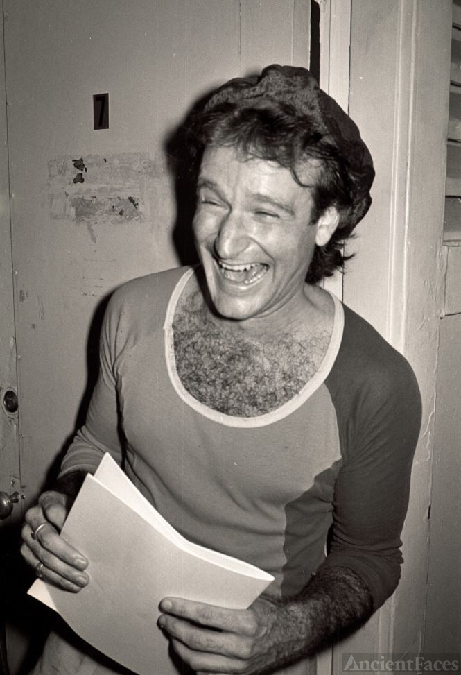 Robin Williams backstage at the Comedy store