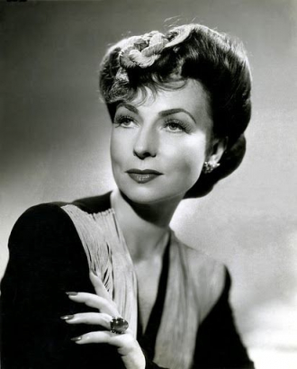 A photo of Agnes Moorehead