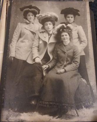 Unknown Appleby or Gilbert Women?