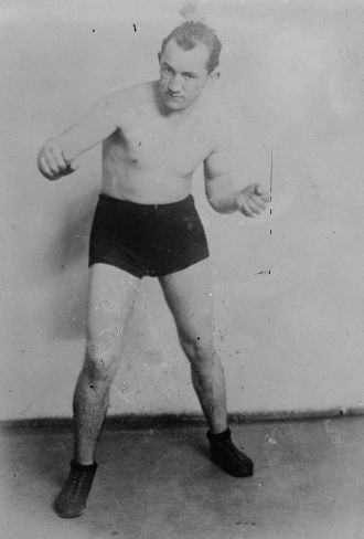 Boxer Freddie Hicks