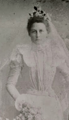 Lucy Mcmahon Dibbin