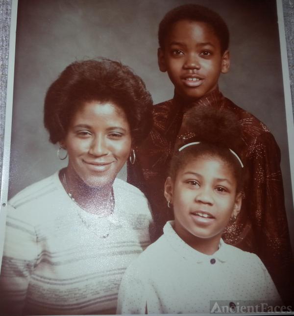 Mary Ferguson & children