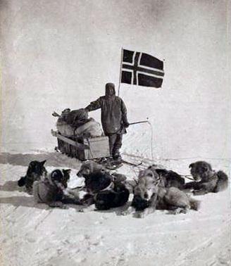 Roald  Engelbregt Amundsen, Norwegian Flag
