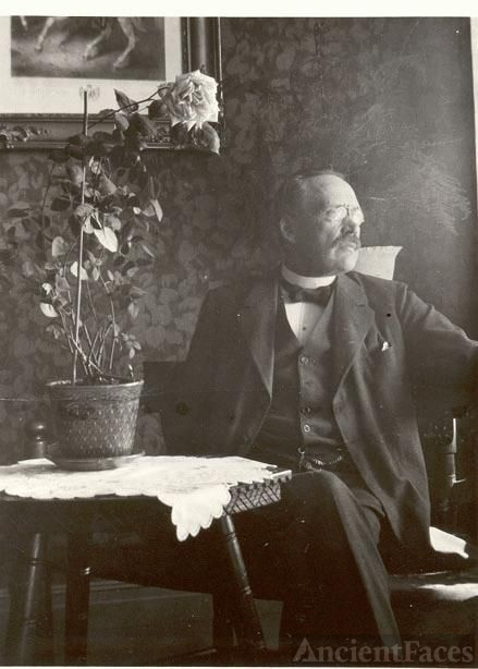 G A Nordenfors, Age 54