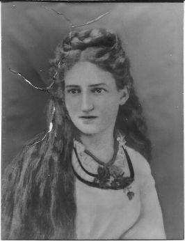 Louise Bartlett