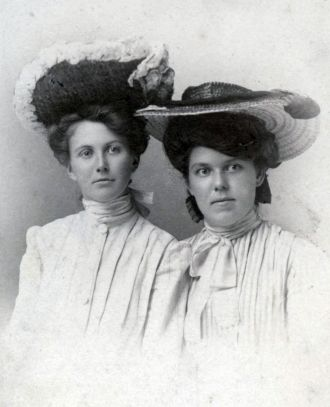 Susie Darling & Eathel Annamae Chase