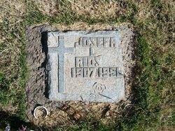 Josefa L Rios gravesite