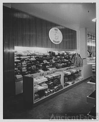 Gimbels, business in Westchester. Sportswear