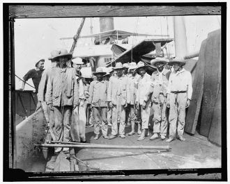 Spanish prisoners an [sic] board collier Abarenda at...