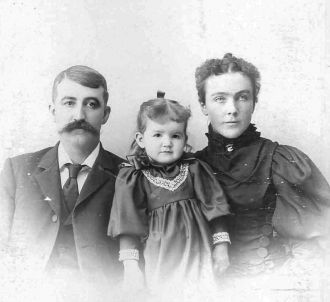 Ennis, Mary, & Grace Moore, Illinois c1895