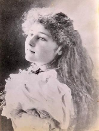 A photo of Edith Krushka