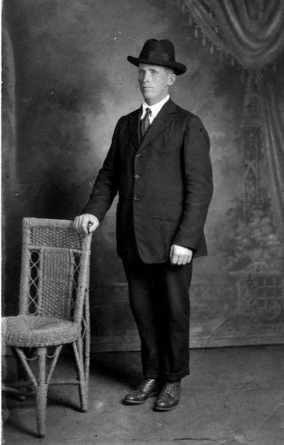 Wilford Farnsworth husband of Annie Hess