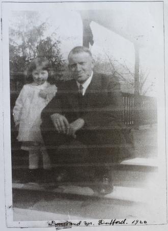 1920 Elijah Dufford with daughter Doris