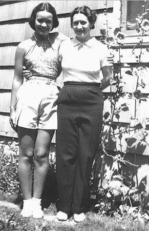 Lois & Connie Benning, Washington