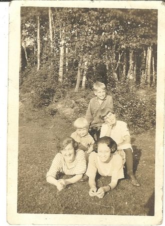 Lou, Ruth, Alice, Kenneth, Curtis unknown