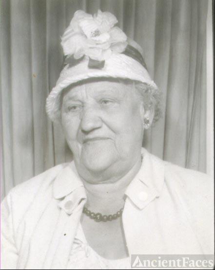 Minnie Agnes (Zimmermann) Swanson