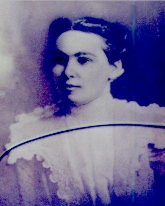 Eva Roscoe Cotten Maynard