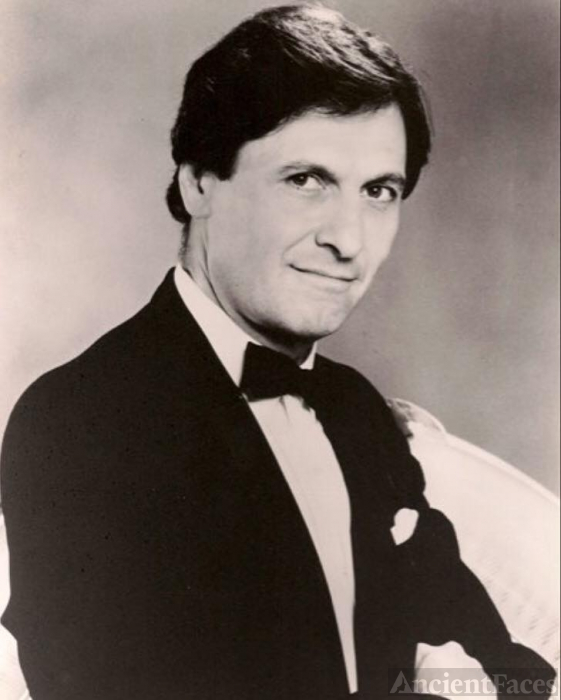 Joseph Bologna 1934-2017 USE THIS PHOTO PLEASE!