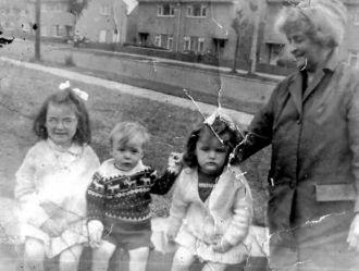 Eunice Bowman & family