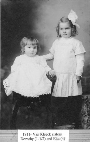 Dorothy and Elta Van Kleeck in 1911