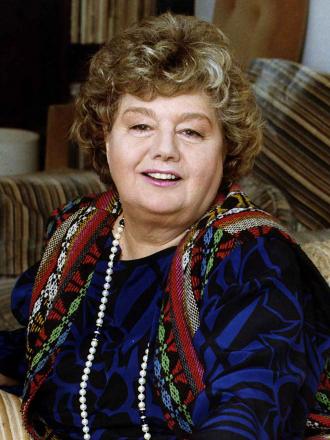 Shelley Winters.