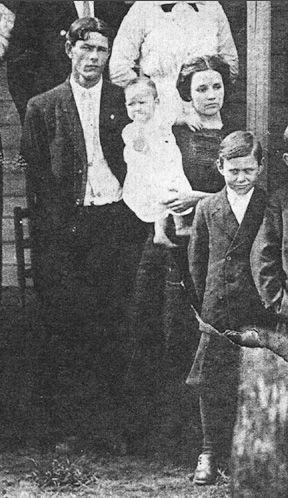 Walter & Ella Gray Family, Oklahoma 1900's