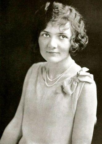 Leona Loeffler, Ohio, 1926