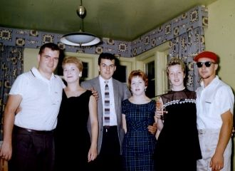The Tracey family with spouses