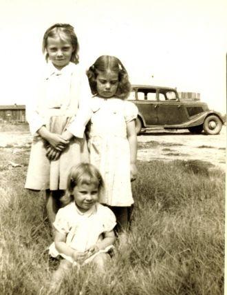 Janice,Wanda and Donnie Kelly