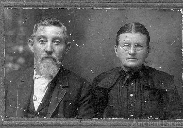 George William and Louvenia Bowen Hamilton